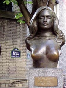 dalida-statue1